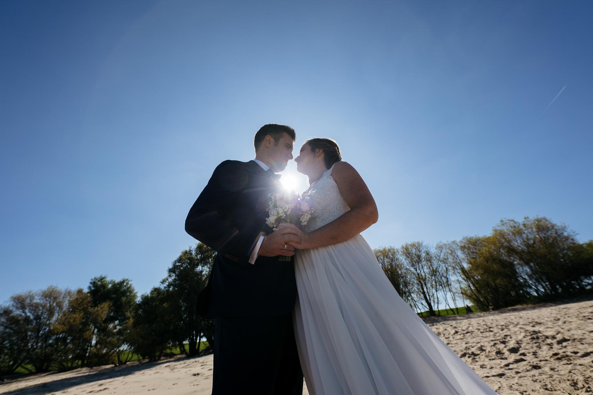 Hochzeitsfotos am Elbstrand bei Stade